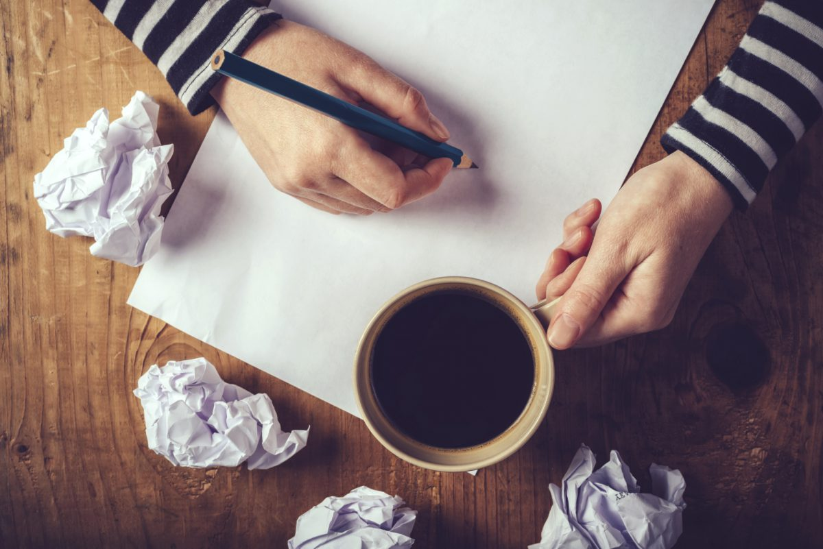 8 Secrets for writing eye-catching application essay